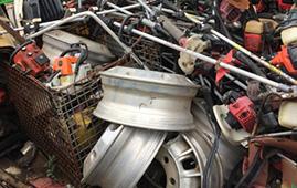 資源リサイクル品 鉄屑、非鉄金属、紙類、など