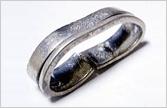 変形・壊れた指輪